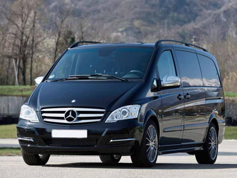 Прокат минивена Mercedes Viano