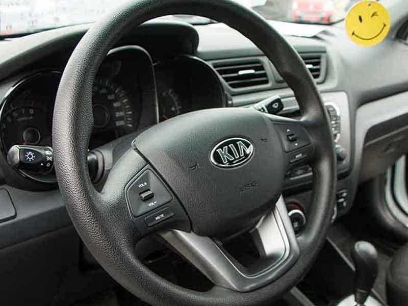 Прокат авто Kia Rio